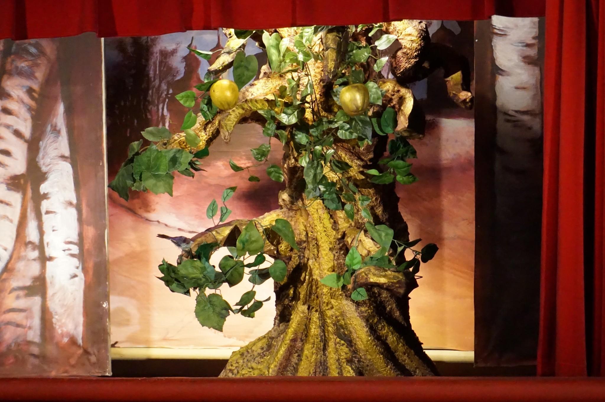 L'arbre aux pommes d'or